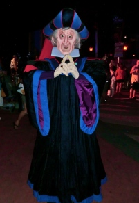 Frollo - Mickey's No So Scary Halloween Party