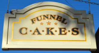 Top 15 Snacks and Desserts at Walt Disney World -Funnel Cakes