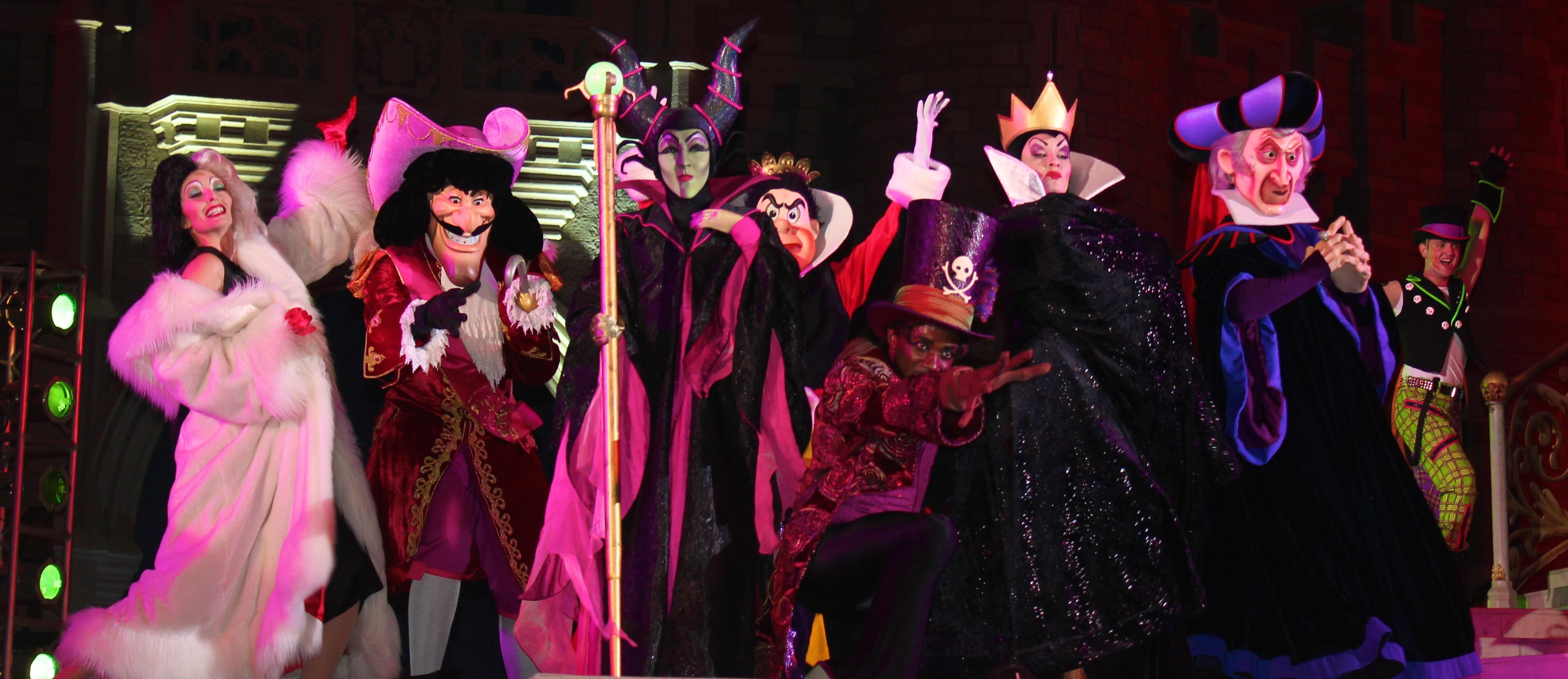 villains mix mingle mickeys not so scary halloween party