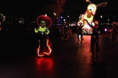 """Paint the Night"" Parade"